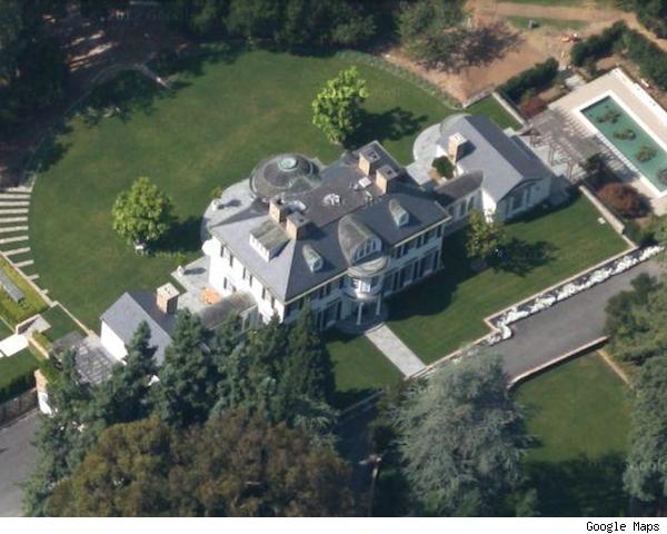 foto aérea de una mega mansión vendida este mismo año por 117 millones de dólares en silicon valley