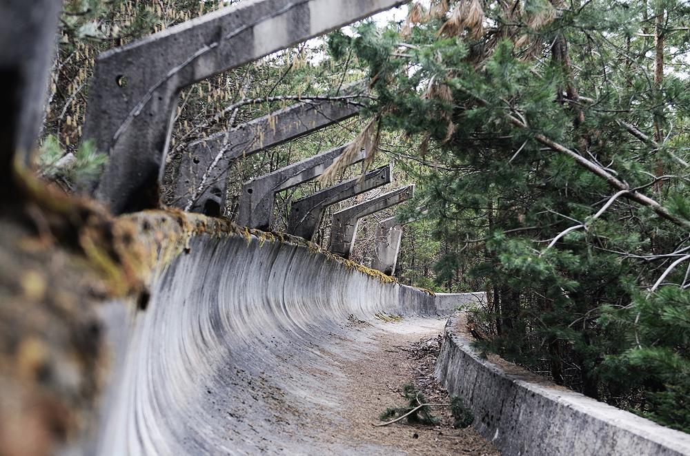 Después de los jjoo, la ruina: 10 ejemplos de villas olímpicas abandonadas