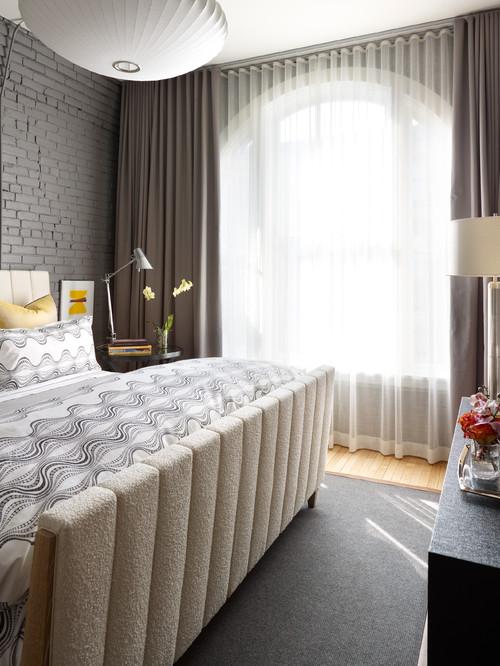 pequeas son preferibles aquellas cortinas ligeras en colores claros para que dejen pasar la luz en cambio en salas de mayor dimensin