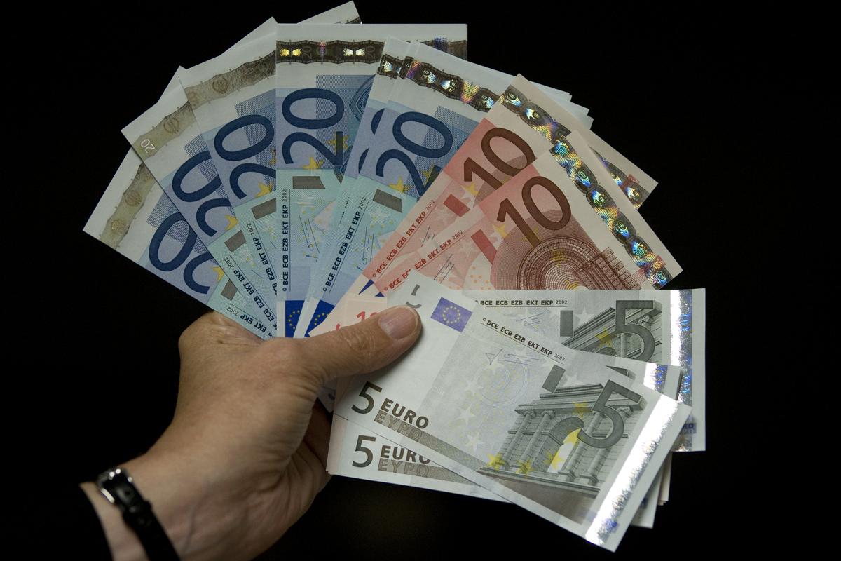 el 66% de los trabajadores españoles no está satisfecho con su sueldo
