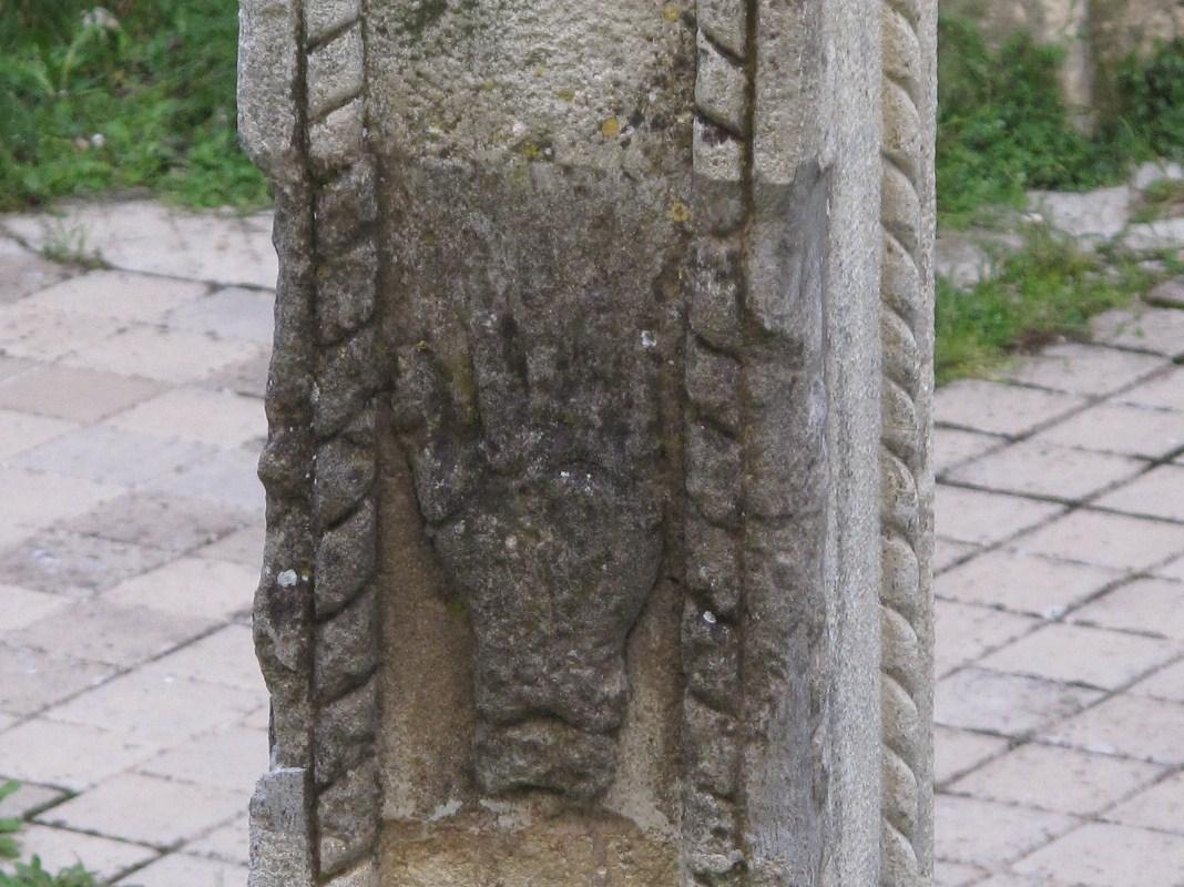 detalle de 'la cruz del diablo' en cuenca