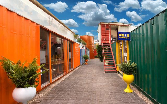 Un barrio en m xico construido a base de contenedores - Contenedores usados para vivienda ...