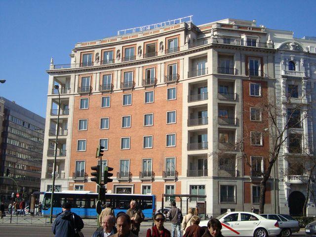 edificio en el númer 53 del paseo de la castellana
