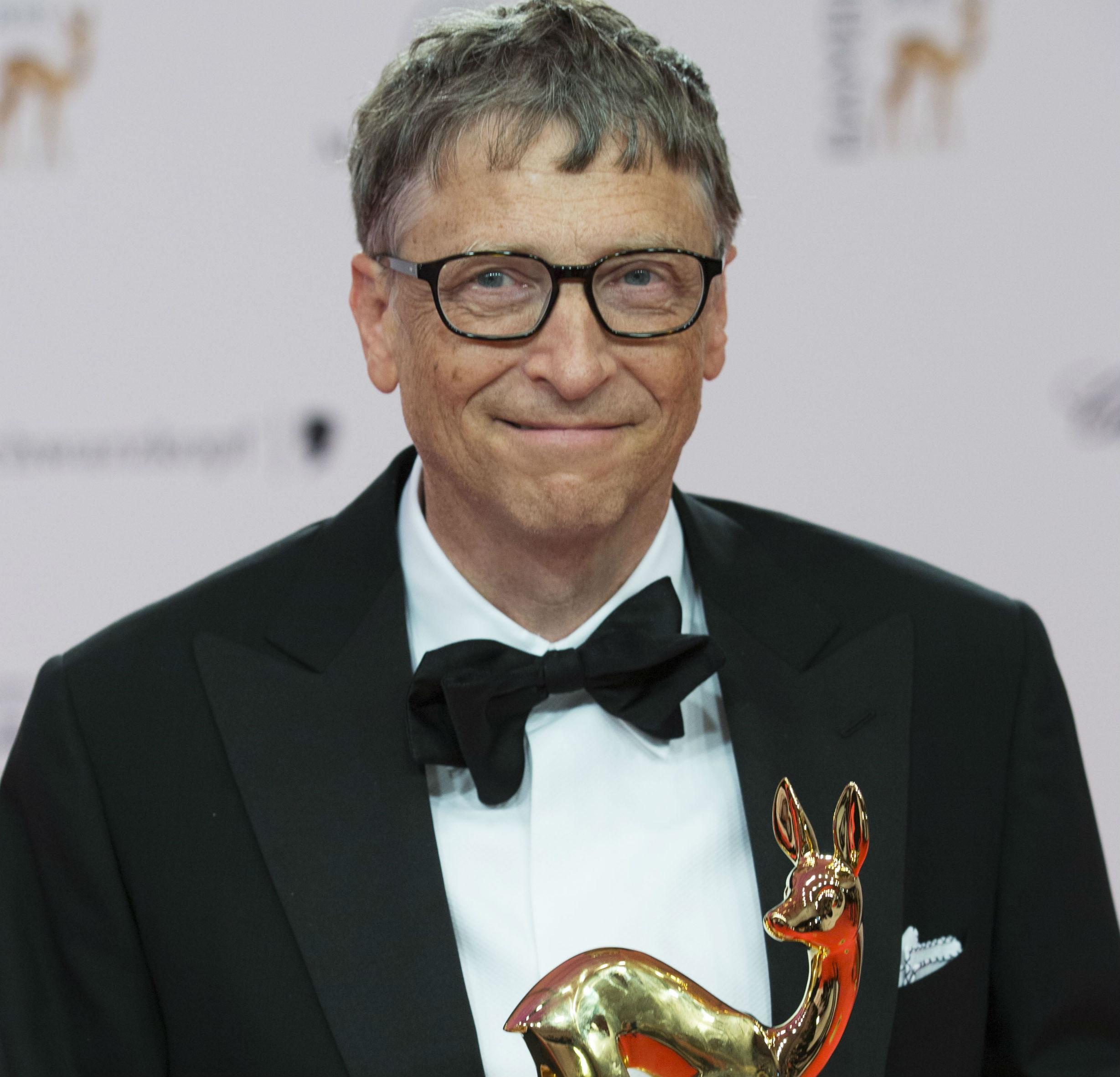 bill gates recupera el trono en 2014. es de nuevo el hombre más rico del planeta