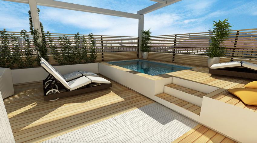 el segundo proyecto ms votado fue el del arquitecto daniele de prete que adems de situar la piscina tambin en una zona elevada la rodeaba de una