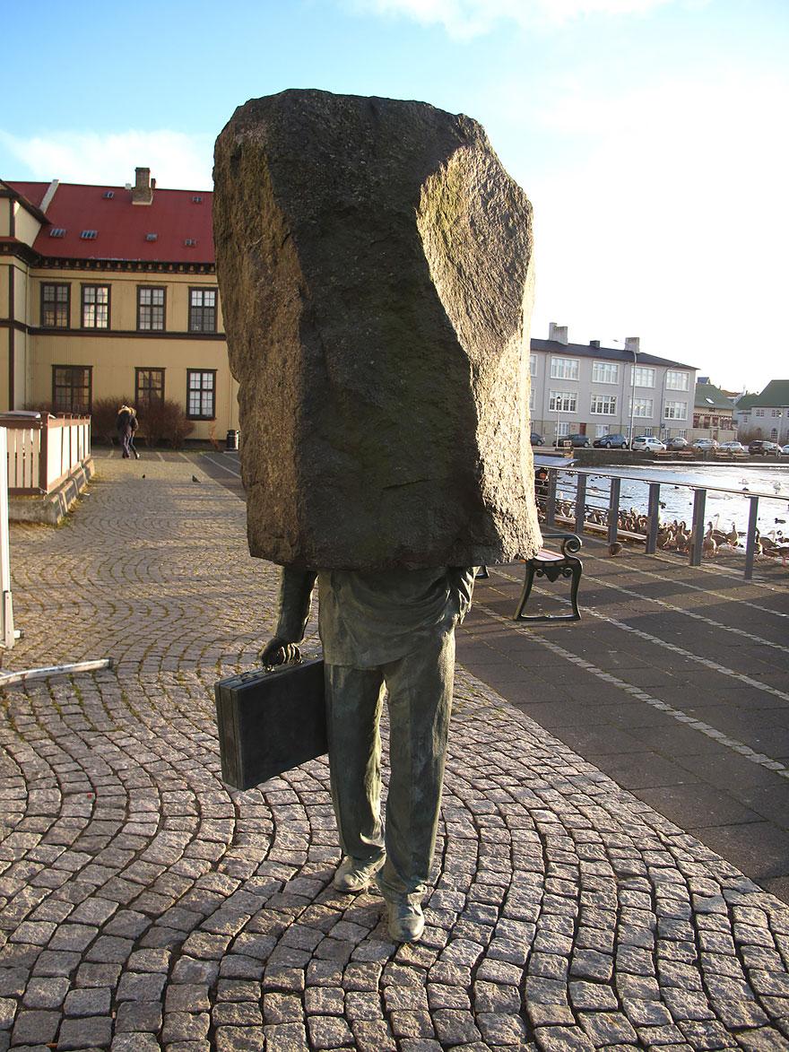 El funcionario desconocido (Reikiavik, Islandia)