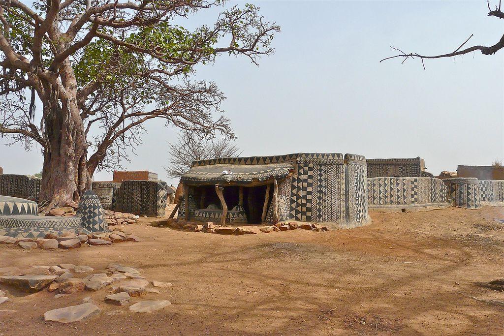 El pueblo africano en el que las casas son obras de arte (fotos) —  idealista/news