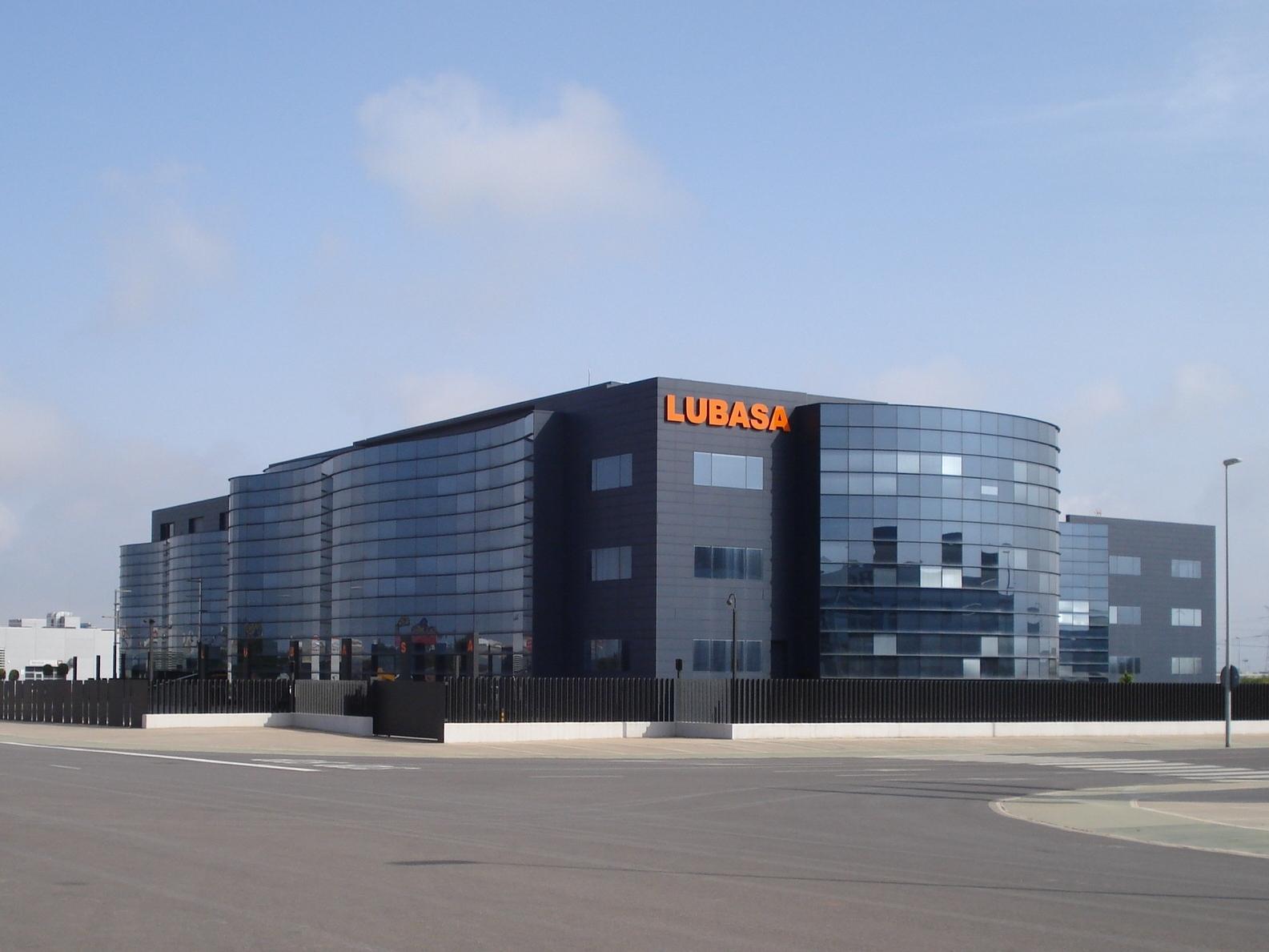 Solvia vende un edificio de oficinas en castell n por 12 for Oficinas bankinter castellon
