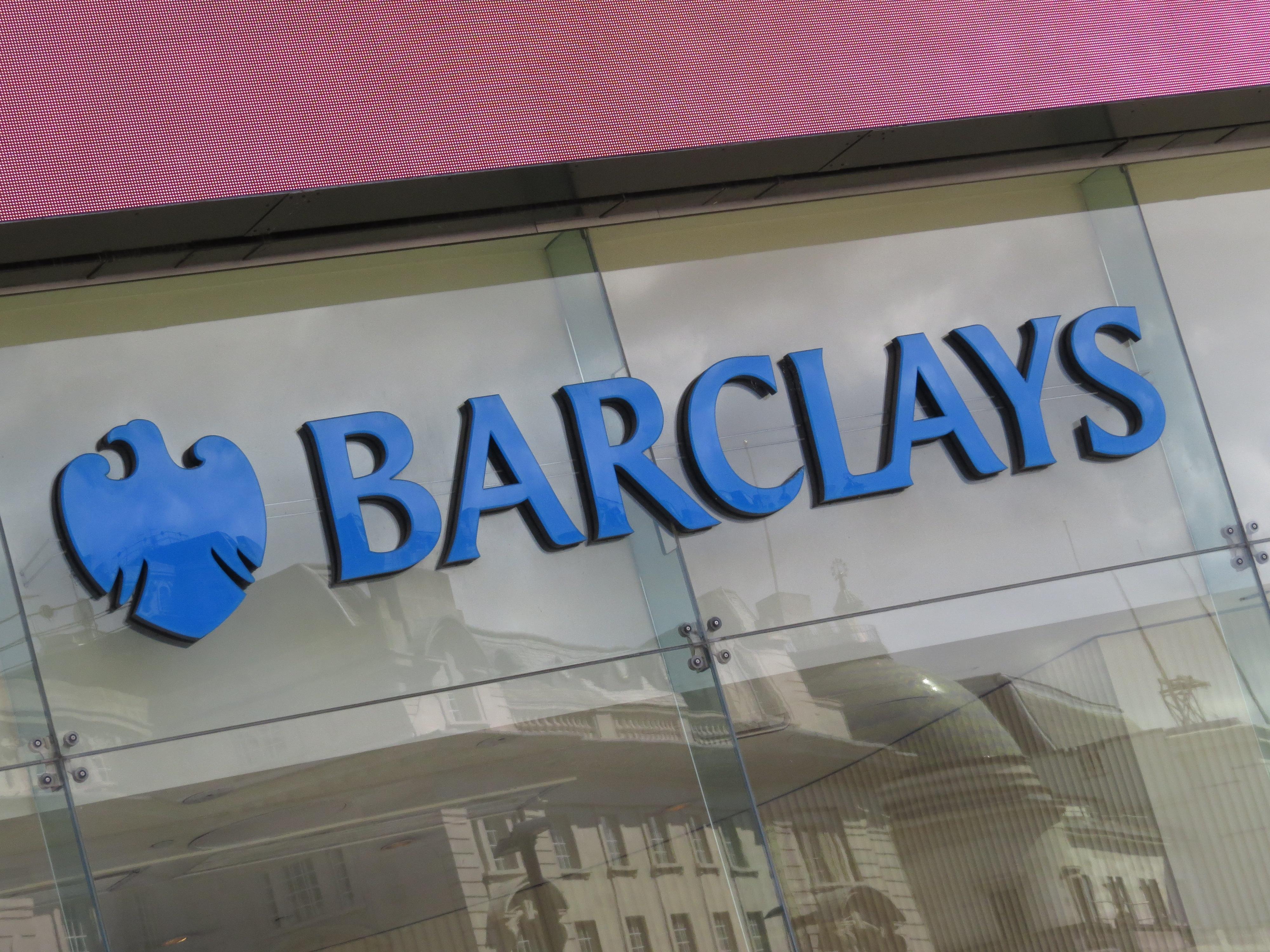 Barclays pone en venta su sede de col n por unos 55 for Barclays oficinas madrid