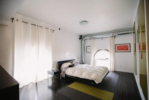casas de ensue o un banco abandonado reconvertido en un incre ble loft de lujo fotos. Black Bedroom Furniture Sets. Home Design Ideas