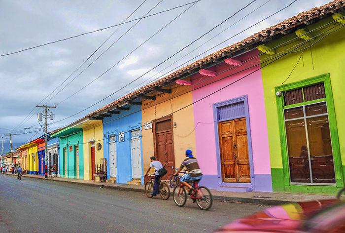 Las casas m s bonitas y coloridas del mundo una est en for La casa de granada en madrid