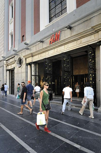 Axa compra dos bloques de oficinas en madrid y barcelona for Oficinas de axa