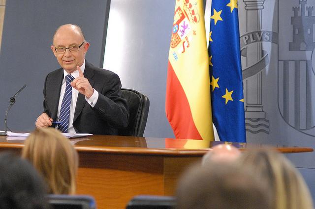 El Senado da luz verde al 'trampantojo' de Montoro: así quedará la tributación por vivienda en el IRPF a partir de 2015