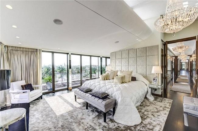 Casas de famosos: el 'pisito' de soltero de Hugh Grant, a la venta