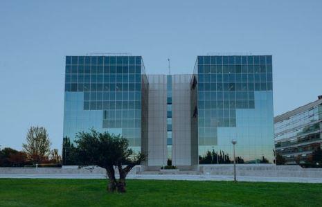 La socimi lar espa a compra el edificio de oficinas egeo for Edificios oficinas madrid