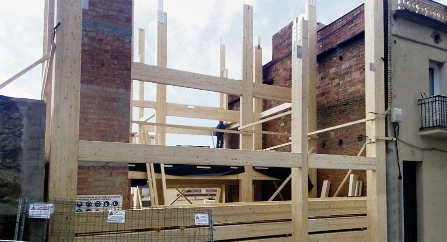 La construcci n del edificio con estructura de madera m s for Empresas de construccion en barcelona