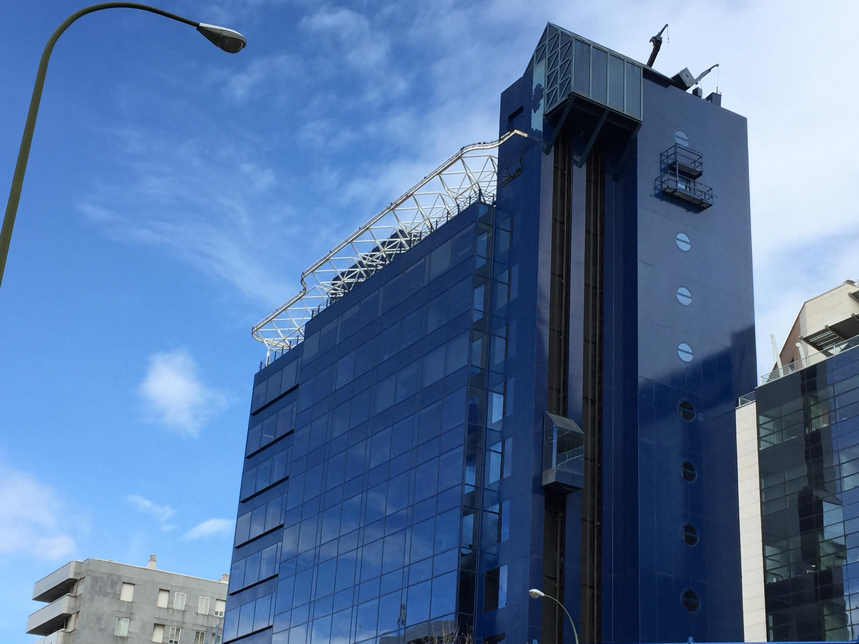 Hispania compra un edificio de 284 viviendas en alquiler for Oficinas sabadell madrid