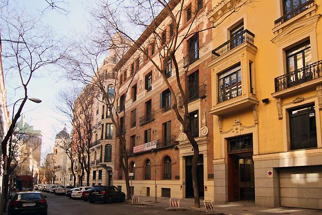 Madrid se llena de hoteles de lujo el pr ximo abrir en for Caja murcia valencia oficinas