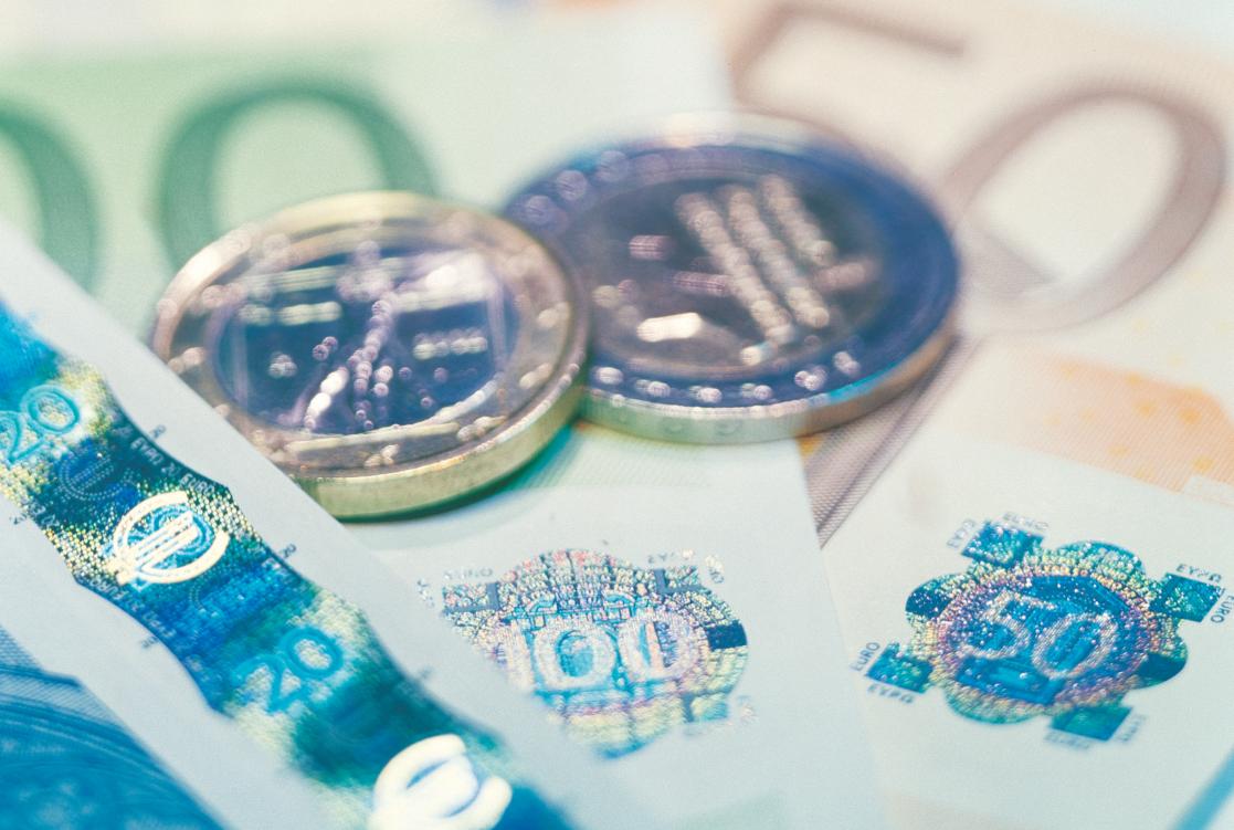 La caída del Euríbor a doce meses abarata las hipotecas