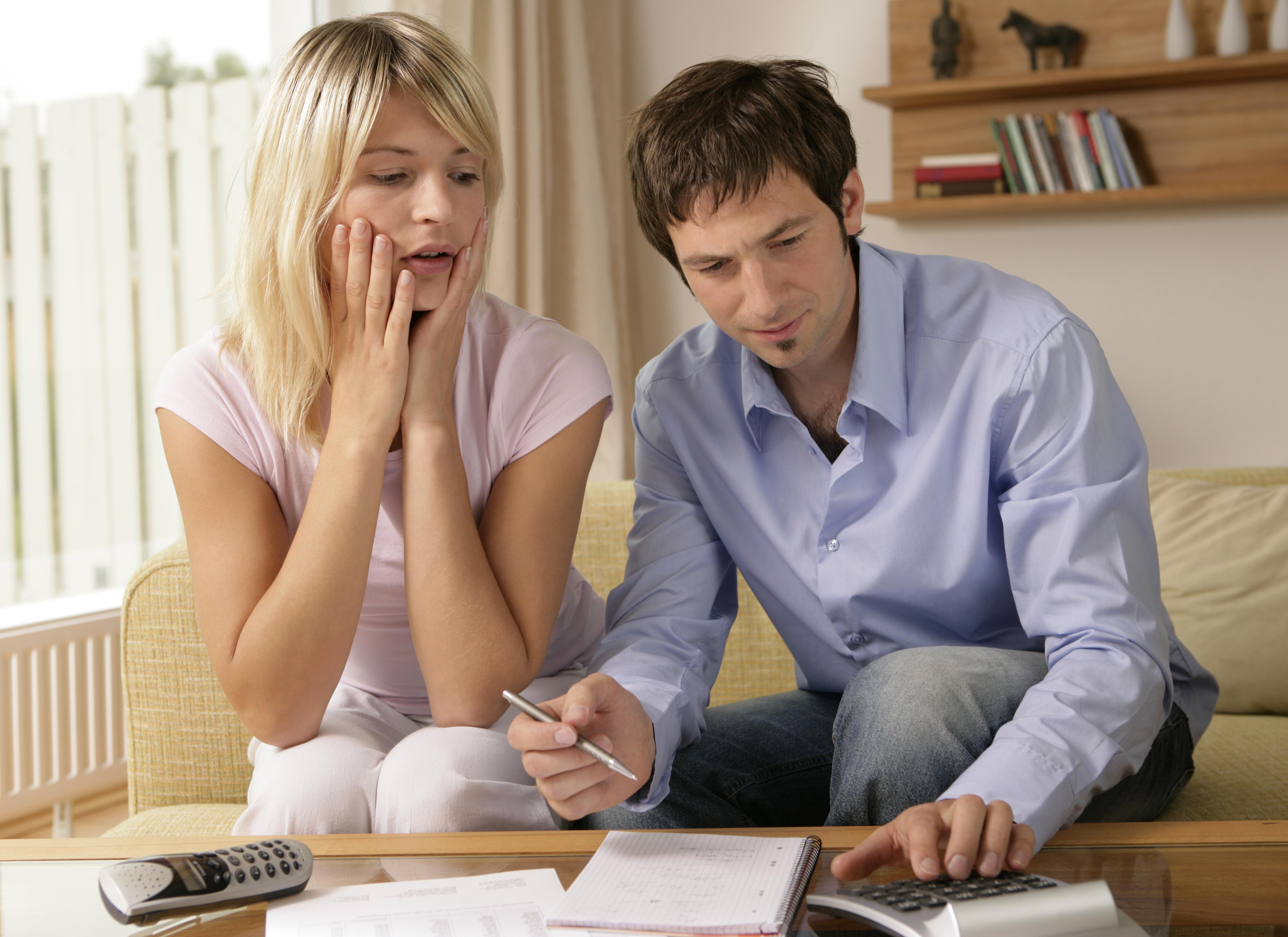 Las siete cosas que te pueden cabrear (y mucho) cuando haces tarde la declaración de la renta