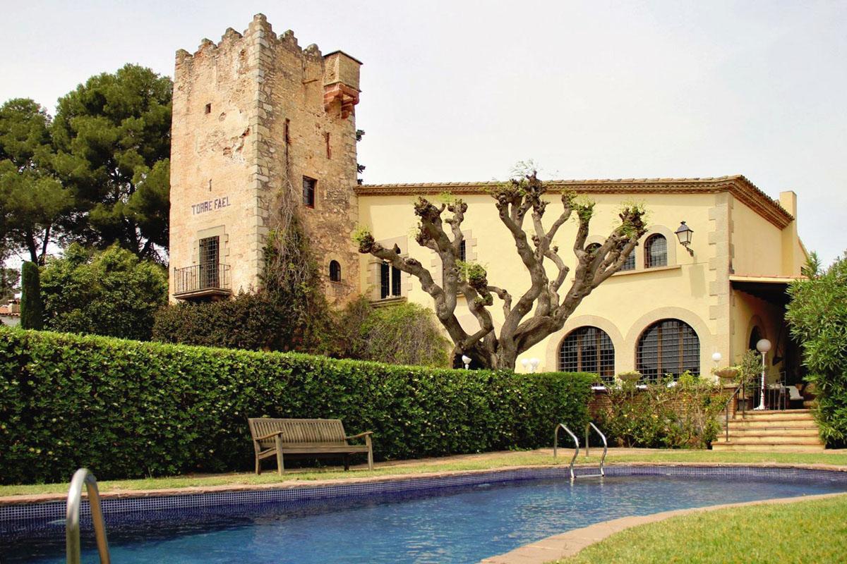 Masía con torre en venta en Montmar, Castelldefels