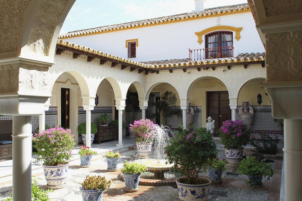 Casas t picas de espa a idealista news for Fotos de fachadas de casas andaluzas