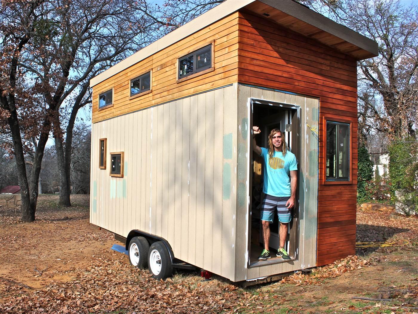 El estudiante que se construyó su propio 'mini-piso' para no pagar alquiler y poder ir a la universidad