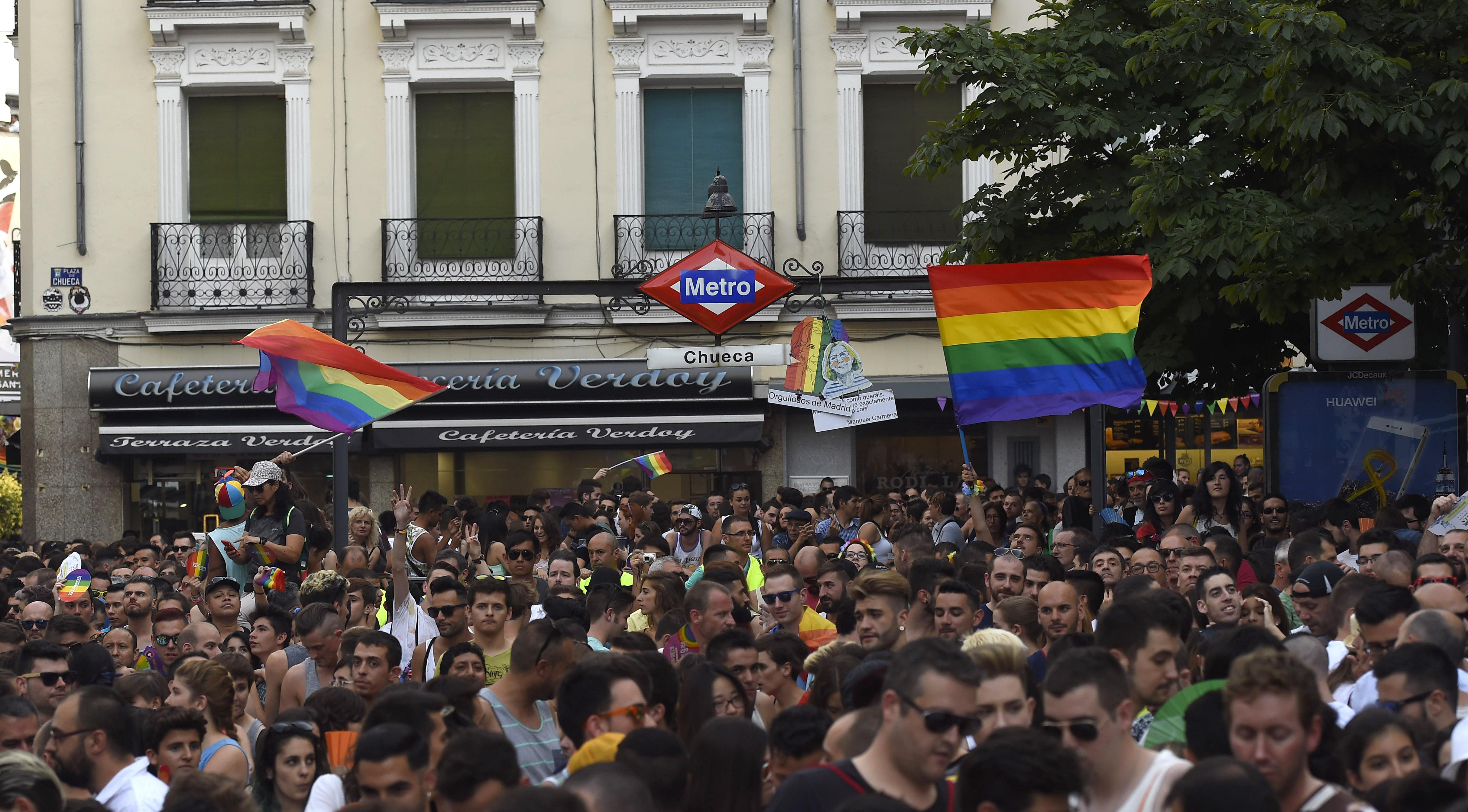 Madrid se llena para el Orgullo Gay: el 83% de las viviendas ...