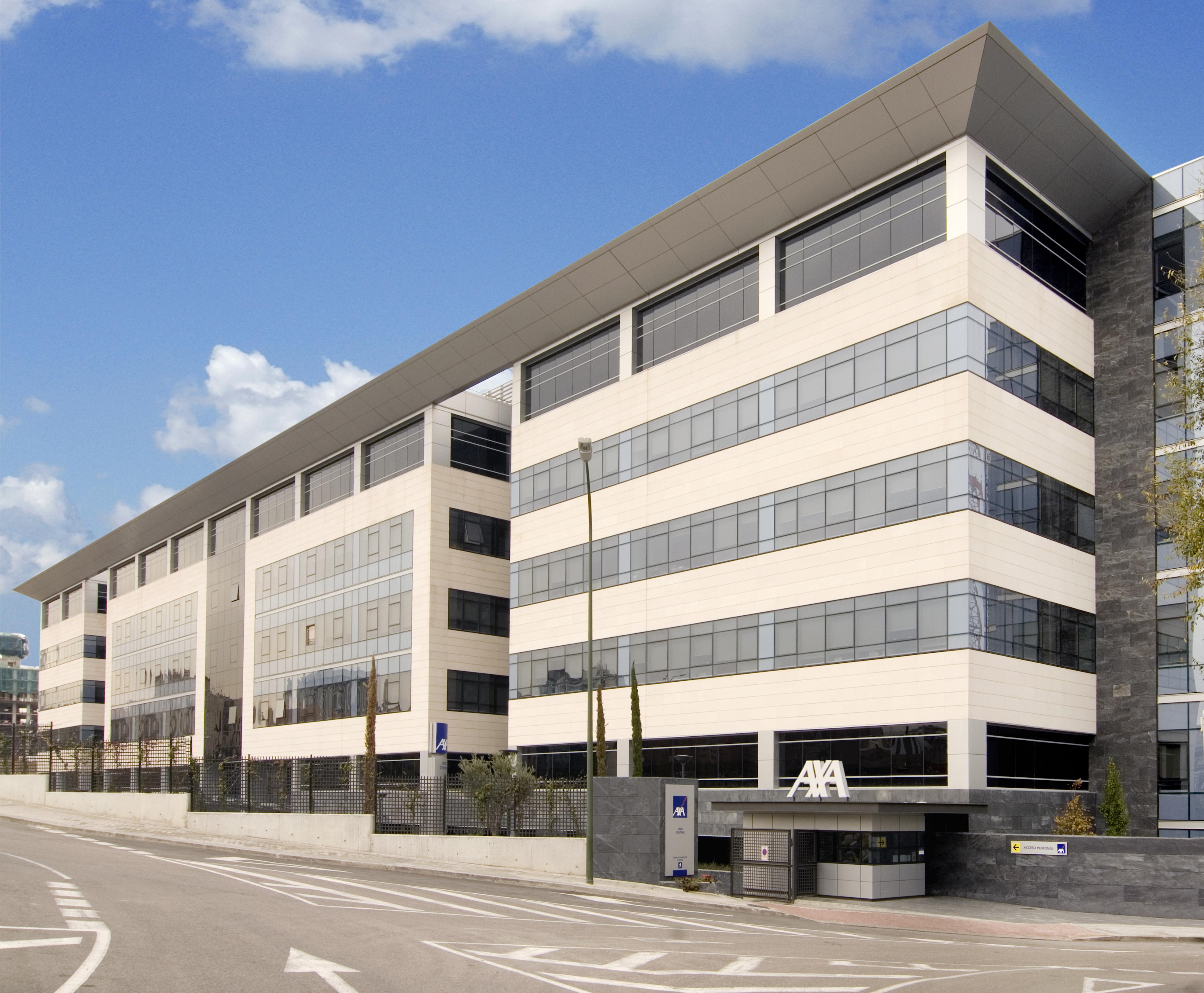 axa compra dos bloques de oficinas en madrid y barcelona