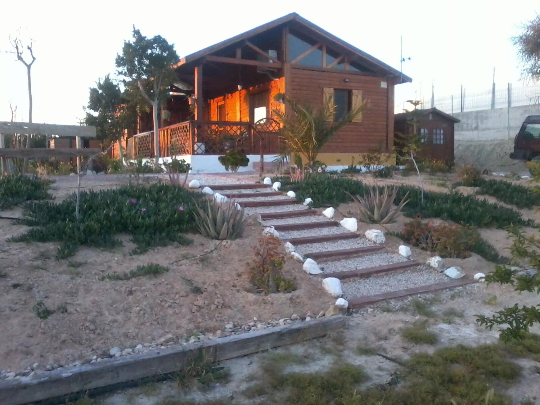 Casas de madera prefabricadas en venta idealista news - Casa rural de madera ...