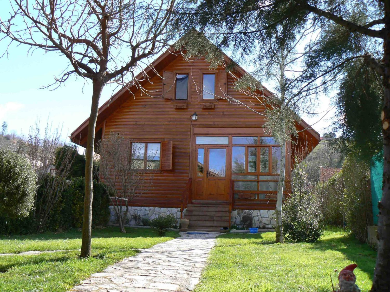 Casas de madera prefabricadas en venta idealista news - Chalet de madera ...