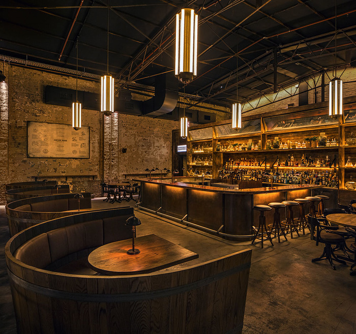 Interior del restaurante Archie Rose Distilling Co.