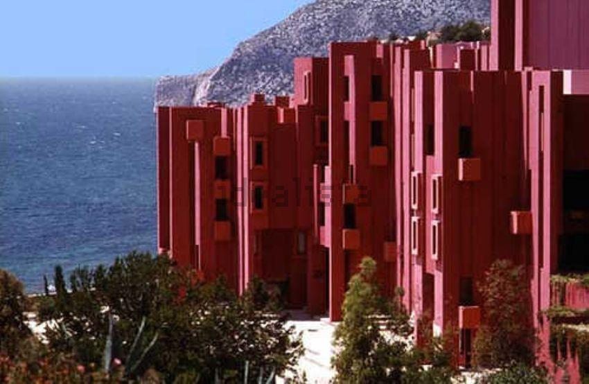 Urbanización en Calpe diseñada por Ricardo Bofill
