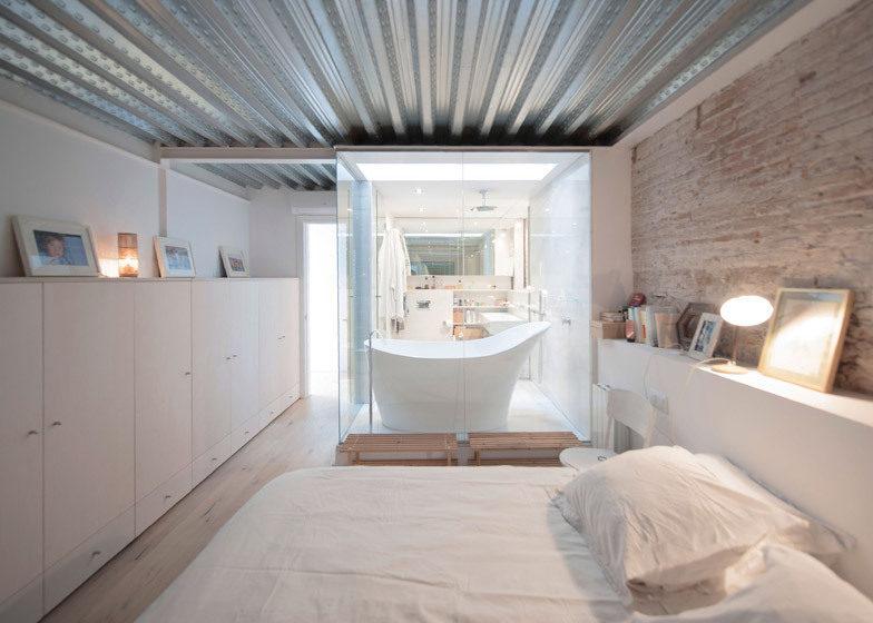 10 espectaculares ejemplos de c mo mezclar edificios for Casa moderna lecheria