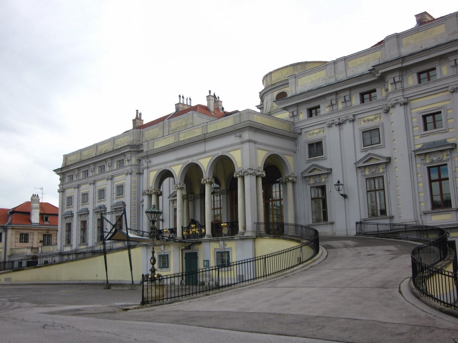 el hotel en Viena de la película Alta Tensión de 007