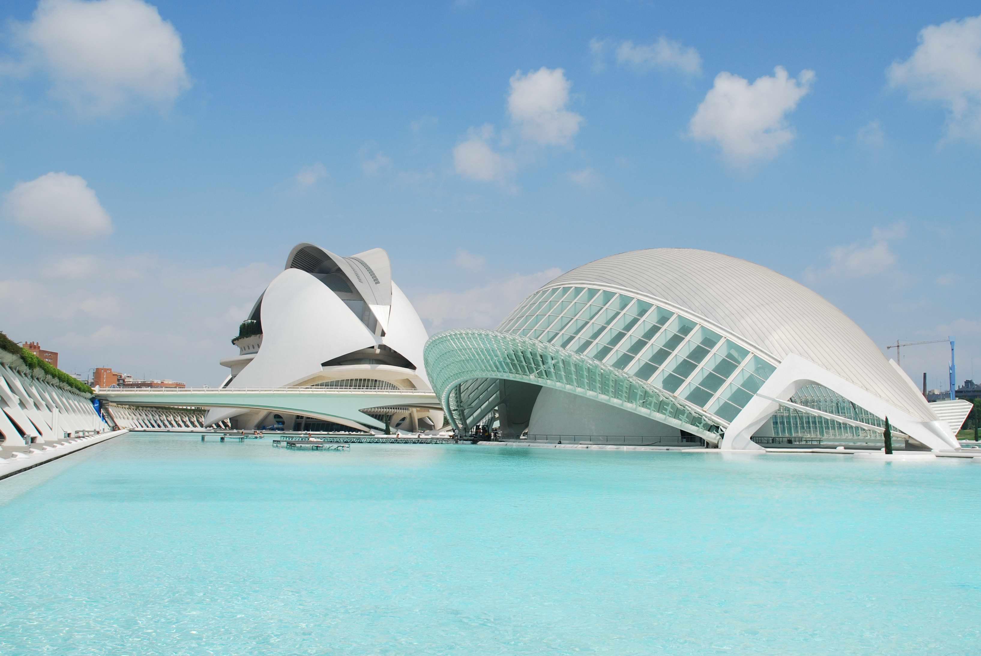 Una bonita imagen de la Ciudad de las Artes y de las Ciencias en Valencia