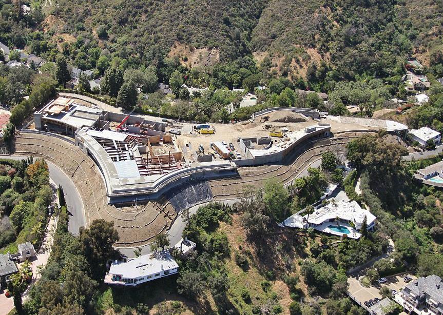Vista aérea de la mansión de lujo