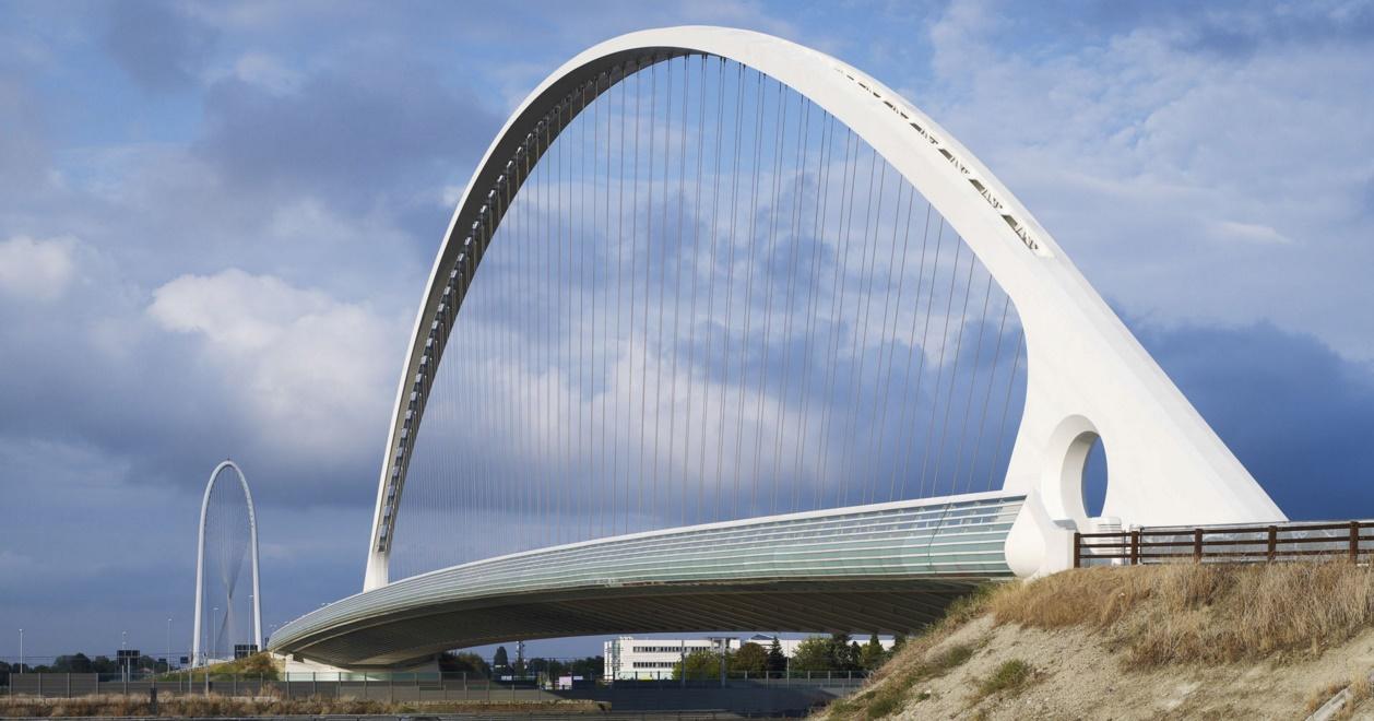 Puente en Reggio Emilia