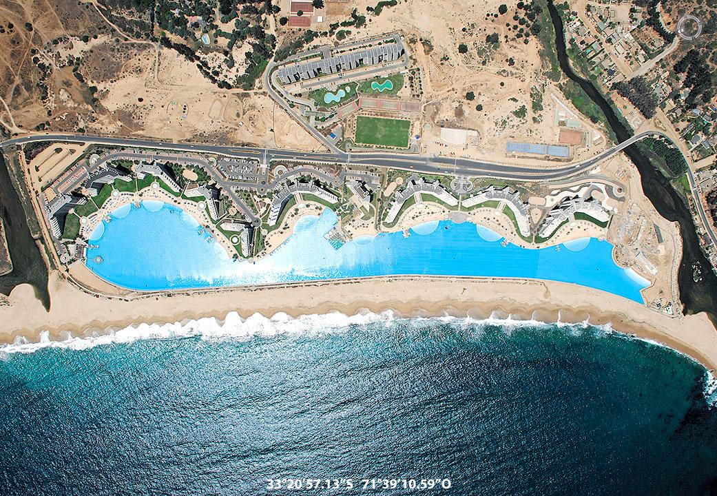 Laguna artificial en Chile