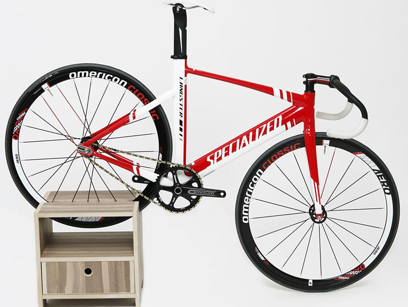 Ideas de decoraci n ciclista urbano muebles de dise o for Disenos para bicicletas