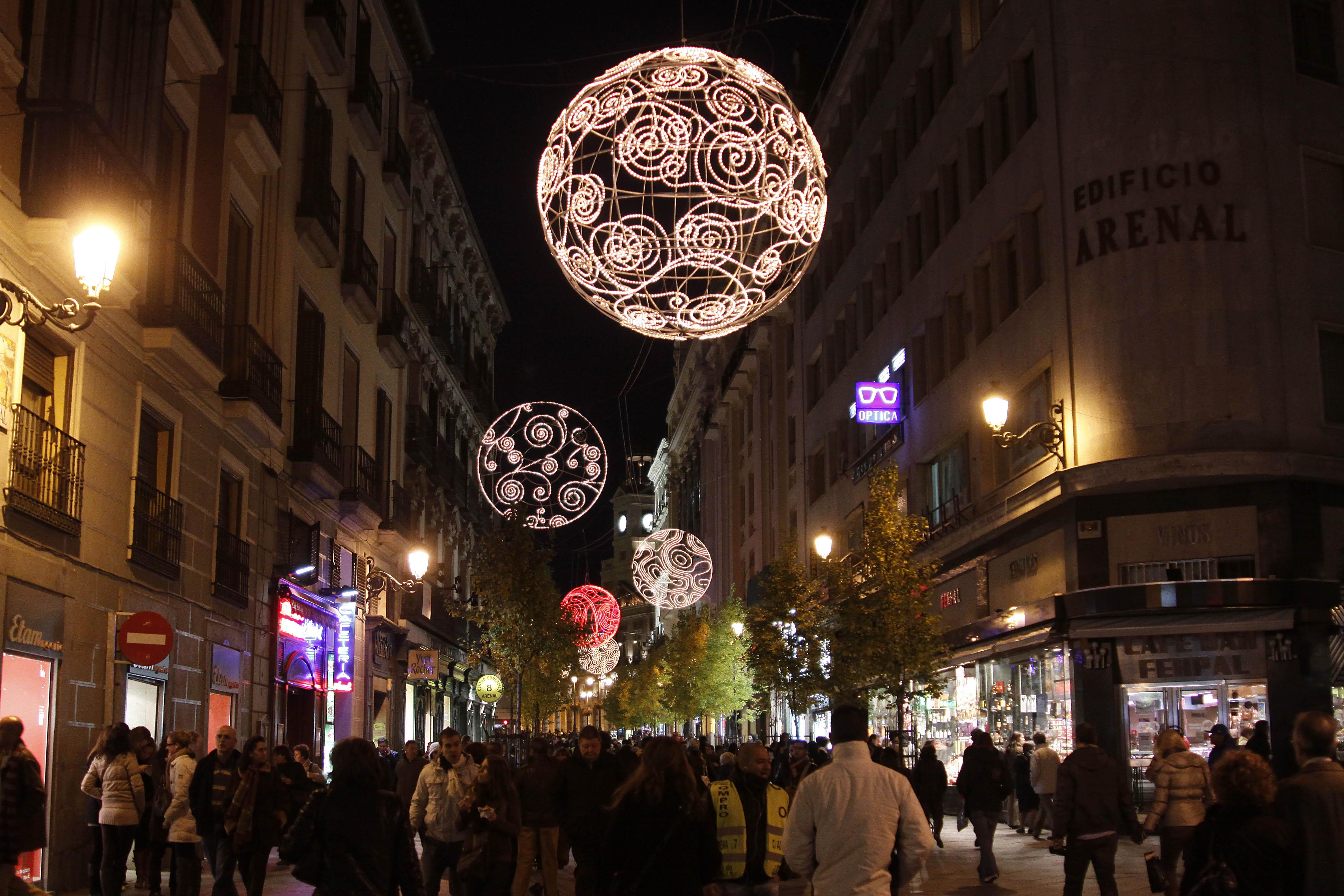 Alumbrado de Navidad en las calles de Madrid