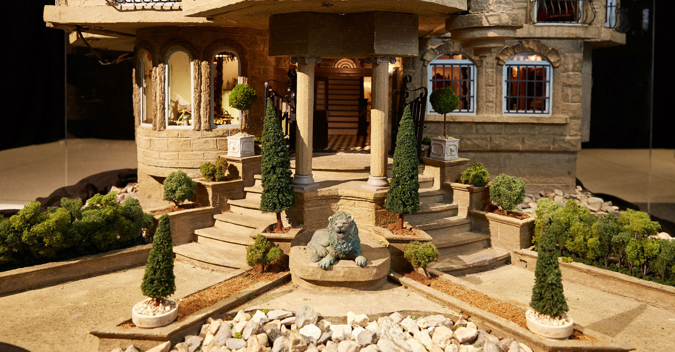 Esta casita de mu ecas vale mucho m s que tu vivienda y - Casas miniaturas para construir ...