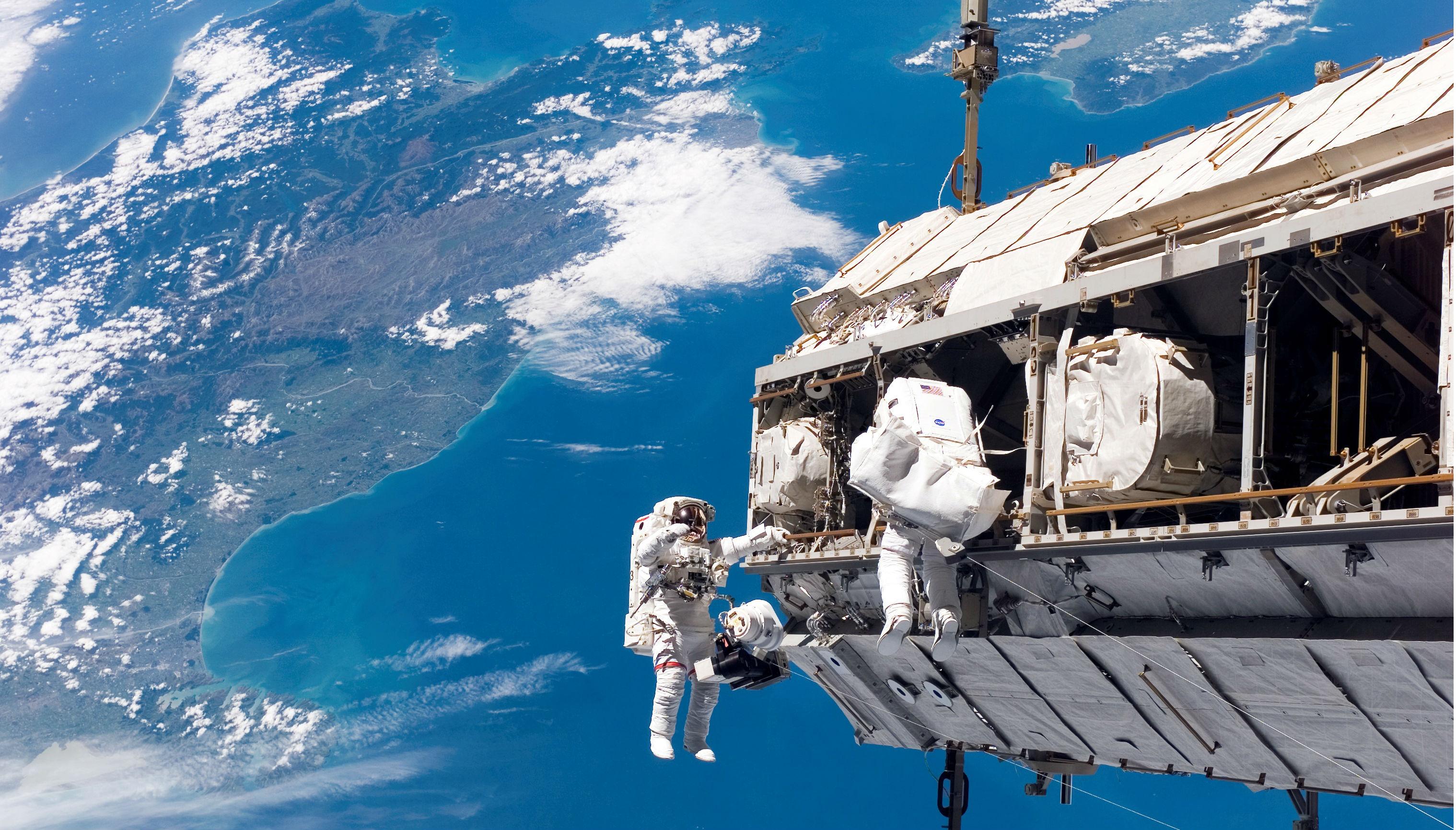 Astronautas en la Estación Espacial