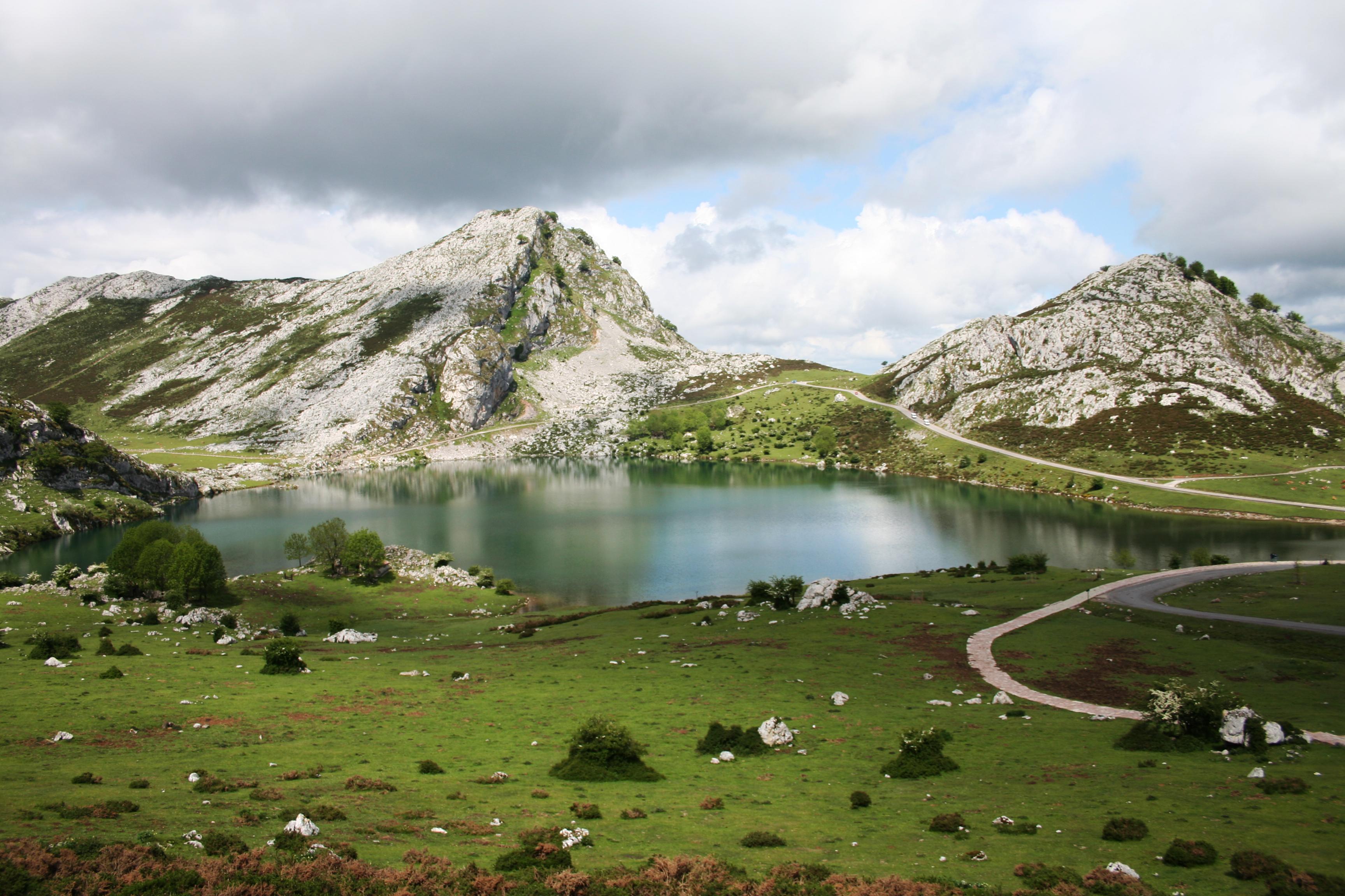 Lago Enol Lagos de Covadonga