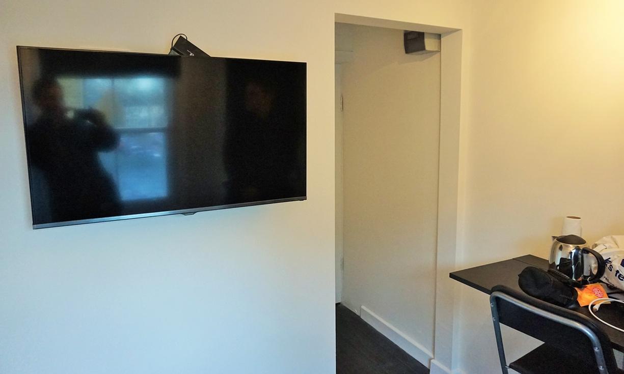 Interior del mini piso en Londres