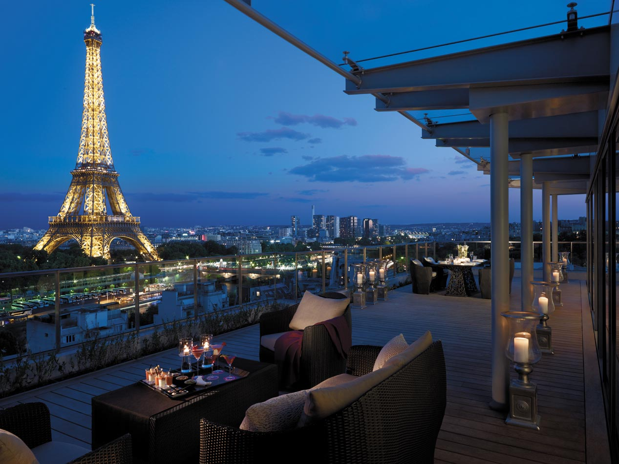 Hotel con vista a la Torre Eiffel