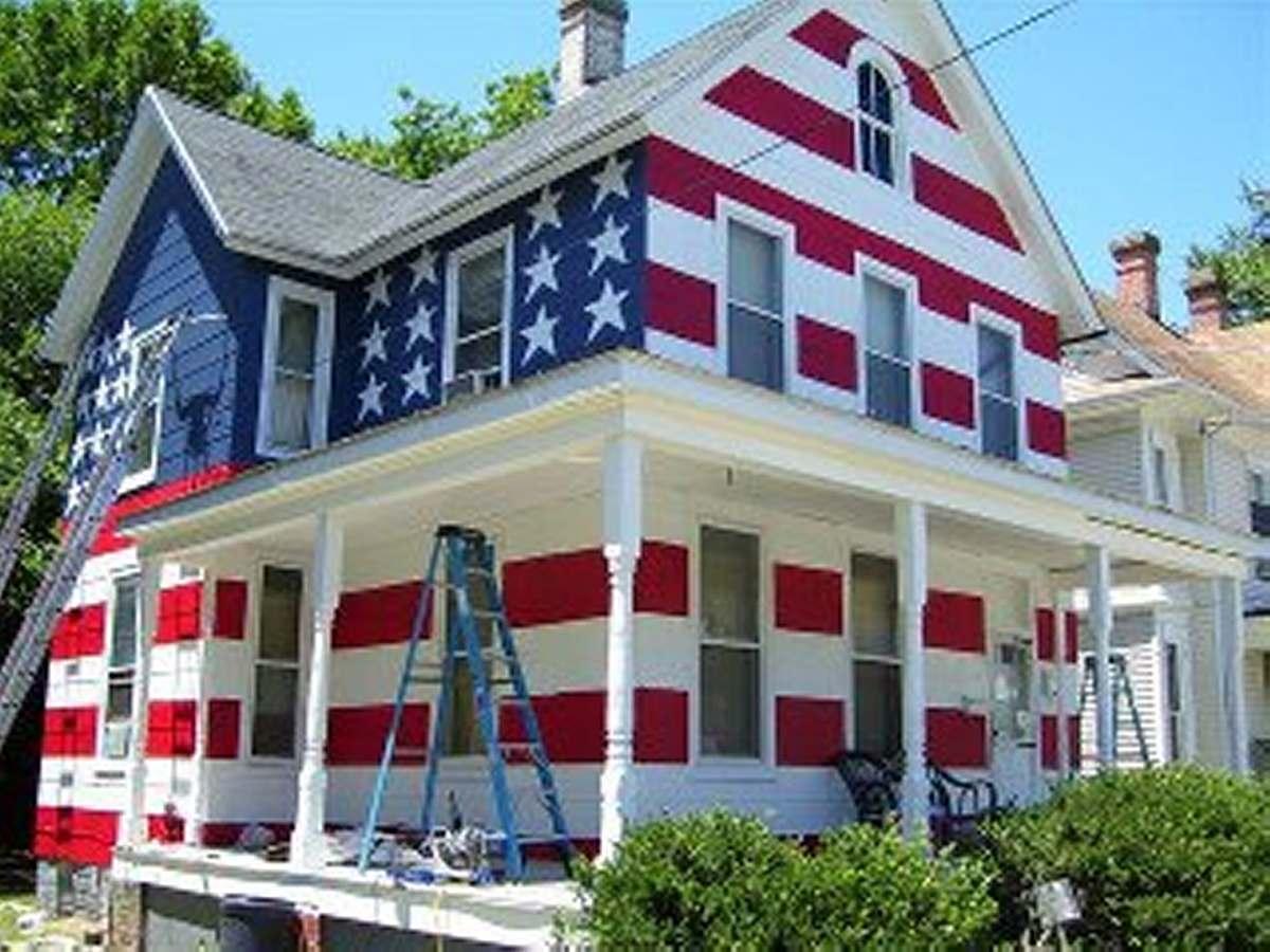 La peculiar fachada de una casa estadounidense
