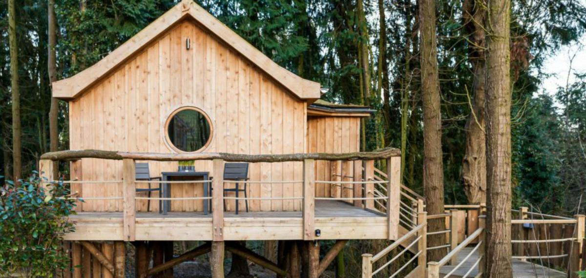 Sabes cuántas personas hacen falta para mover una casa de madera ...