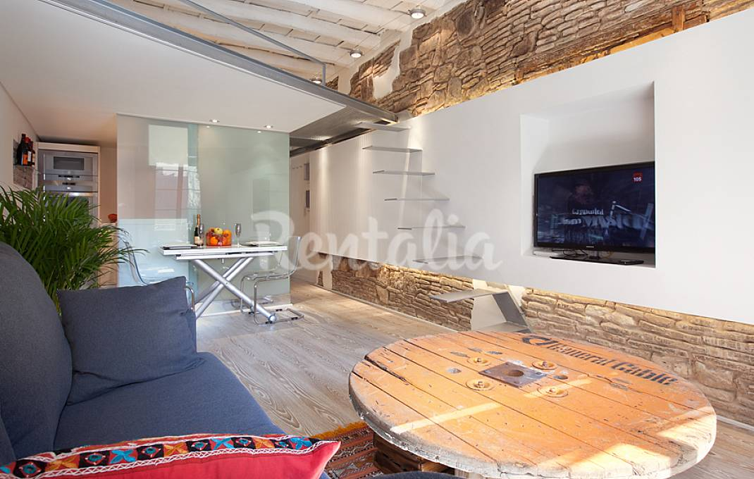 Casas hi tech en barcelona para disfrutar del mwc 2016 - Idealista compartir piso barcelona ...