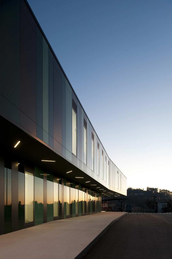 Compañía Arriva (Guimarães, Portugal) RVDM Arquitectos